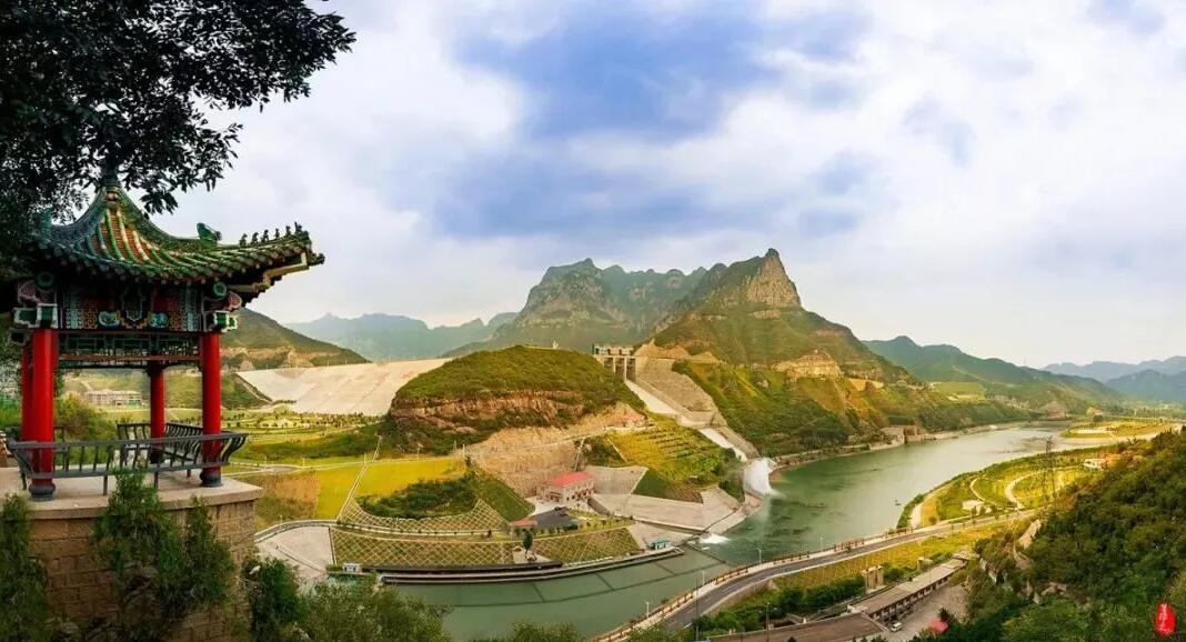 沁龙峡风景区依托沁河河口村水库      景区总面积6.